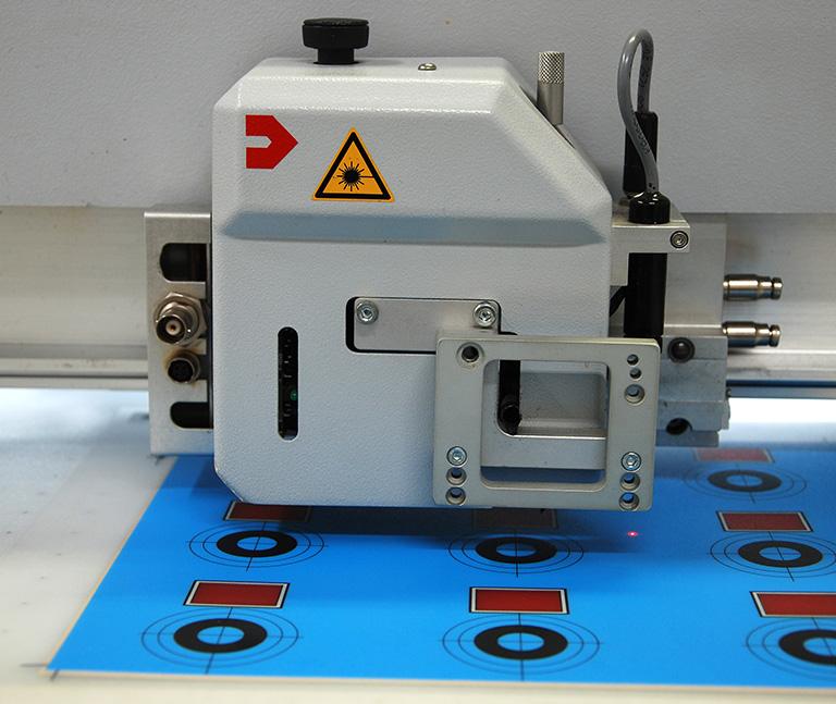 Laser Zuschnitt und Gravur